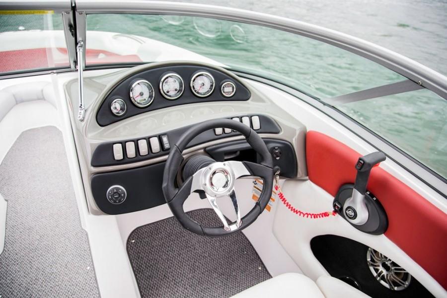 Rinker Captiva 236